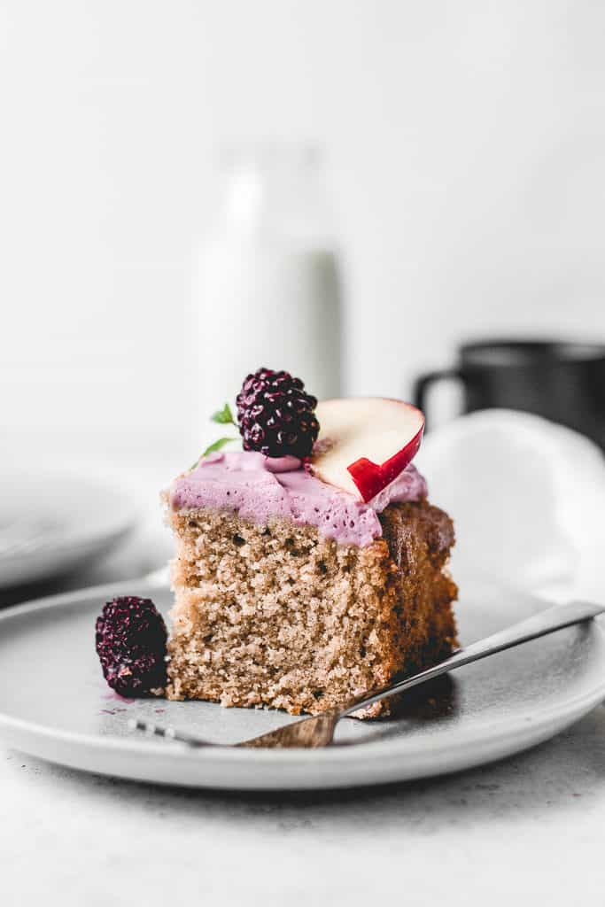 Delicious and moist Apple Spice Sheet Cake, paired with beautiful and tangy Blackberry Mascarpone frosting. ⎪www.anasbakingchronicles.com